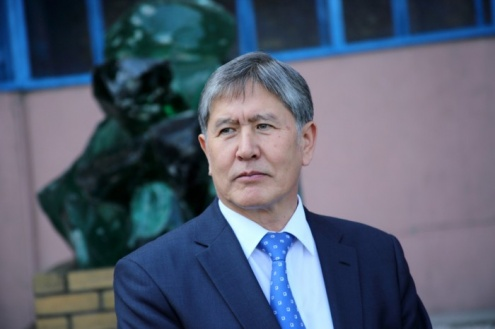 atambaev-prezident-politika-e-l-er_nematov-20-06-2012-9-1-700x466.jpg
