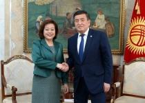 президент китай.jpg