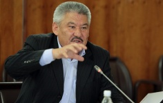 Azimbek-Beknazarov.jpg