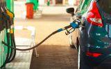 car-refueling-on-a-petrol-station-close-up-P3REX6V-min.jpg