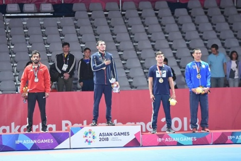 золотая медаль.jpg