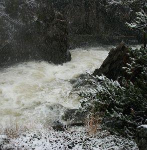 сохранить река зимой.jpg