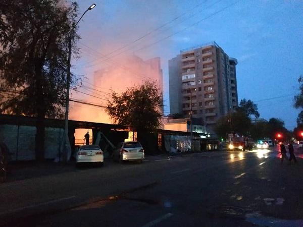 пожар Бишкек исан-токтог.jpg