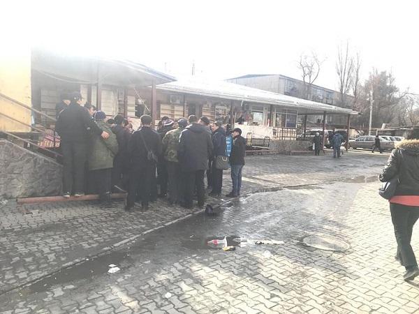 мэрия ошский рынок.jpg