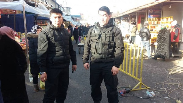 Ошский рынок охрана.jpeg