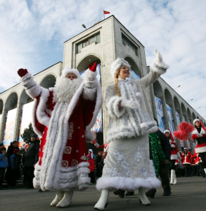 christmastime-in-russia-swaps-santa-claus-with-a-gift-giving-character-from-slavic-folklore-father-frost-hes-rarely-seen-without-his-daughter-snow-maiden-by-his-side.png
