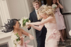 fighting-brides_pimp-your-wedding.jpg