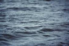 вода поверхность.jpg