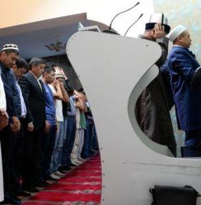 жээнбеков мечеть2.JPG