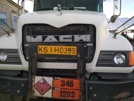 кумтор грузовик.jpg